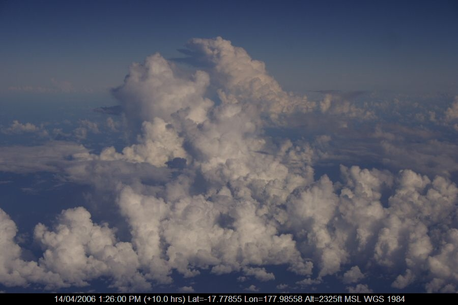 20060414jd04_clouds_taken_from_plane_e_of_nsw_pacific_ocean