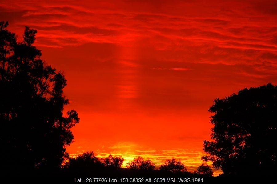 20090705mb06_halo_sundog_crepuscular_rays_mcleans_ridges_nsw