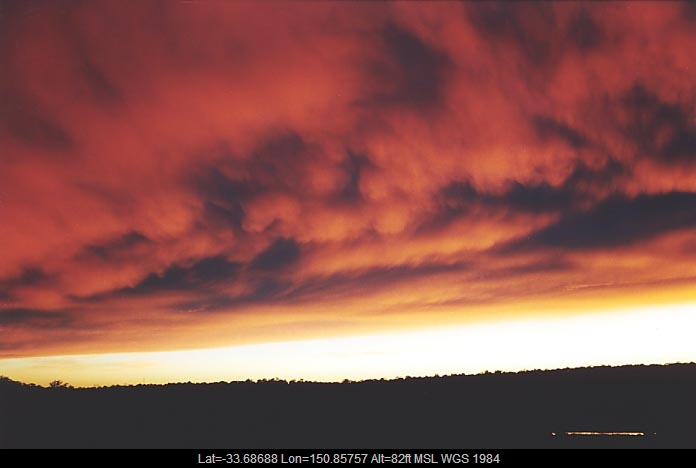 20010621jd03_mammatus_cloud_schofields_nsw