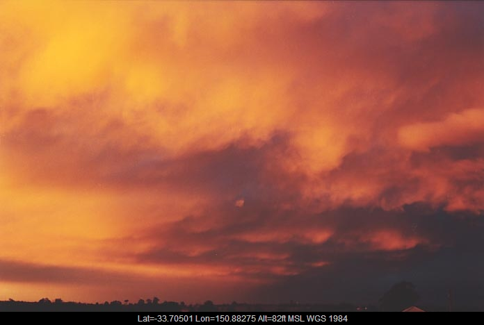 20010621jd05_mammatus_cloud_schofields_nsw