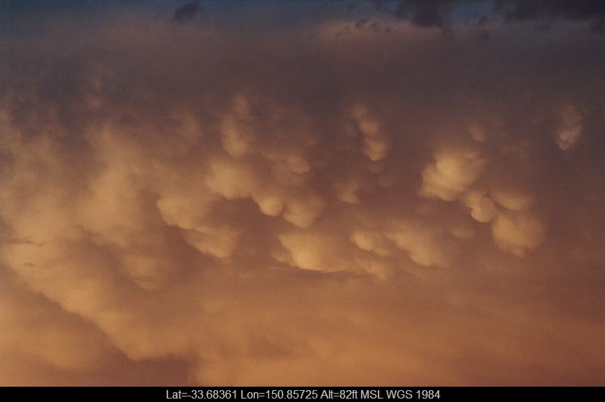 20030107jd05_mammatus_cloud_schofields_nsw