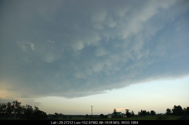 20050202mb25_mammatus_cloud_whiporie_nsw