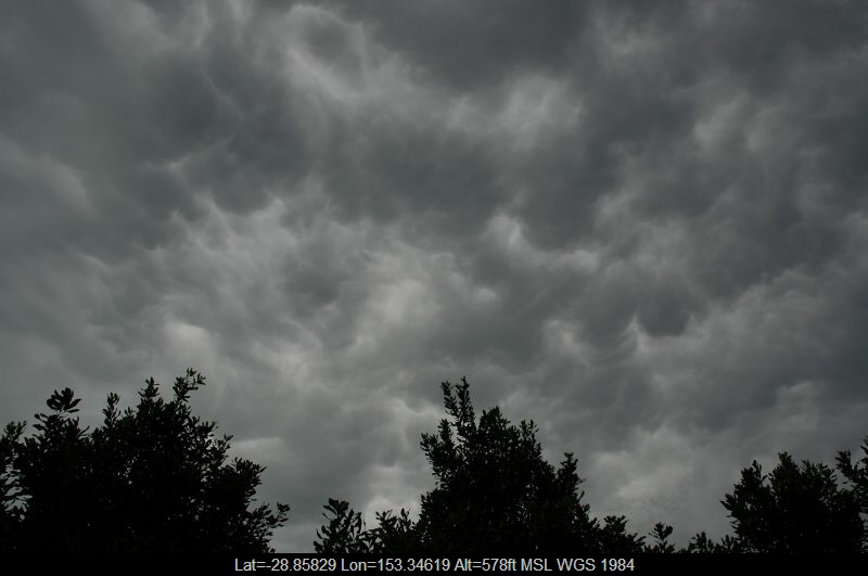 20051105mb18_mammatus_cloud_tregeagle_nsw