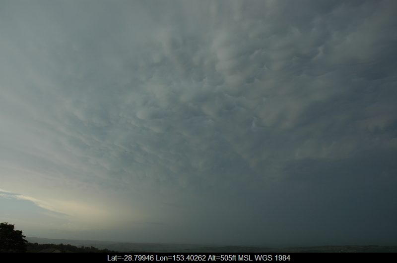 20051225mb16_mammatus_cloud_mcleans_ridges_nsw