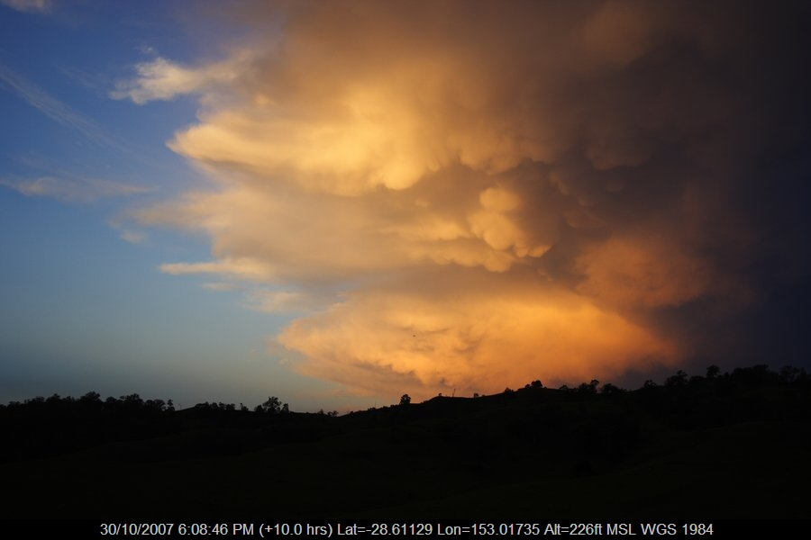20071030jd36_mammatus_cloud_near_kyogle_nsw