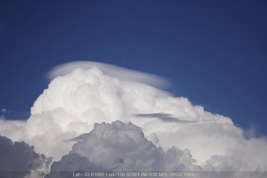 20070228jd21_pileus_cap_cloud_windsor_nsw