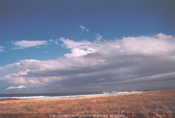 20011003jd42_roll_cloud_hallidays_point_nsw