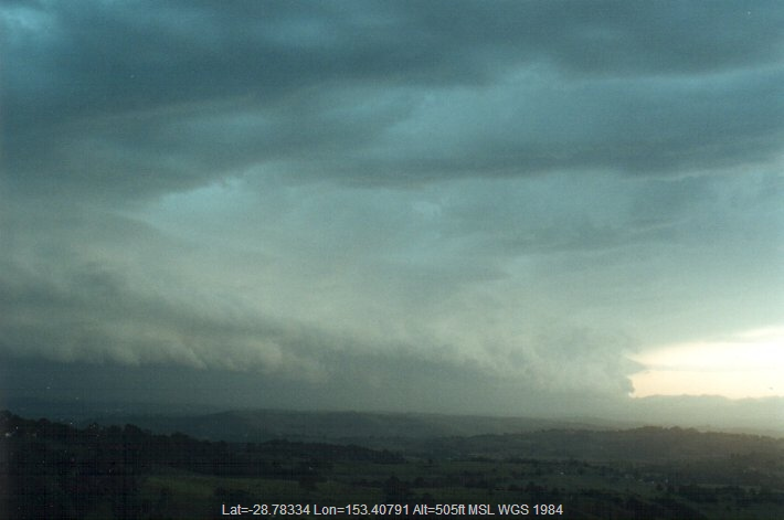 20001026mb22_shelf_cloud_mcleans_ridges_nsw