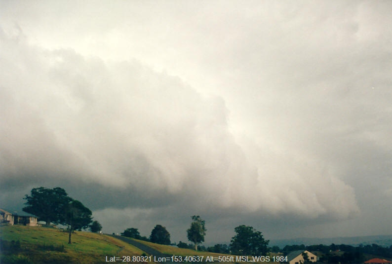 20021210mb02_shelf_cloud_mcleans_ridges_nsw