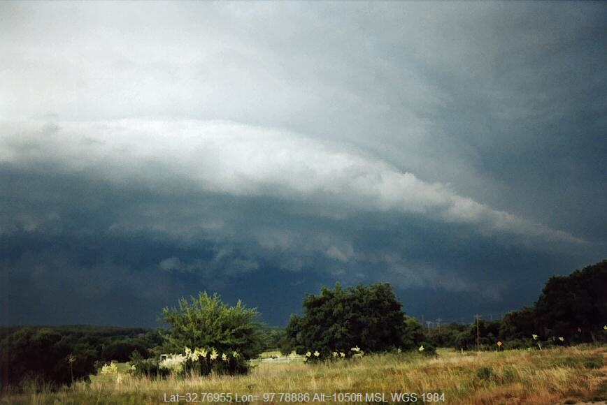 20040601jd03_shelf_cloud_n_of_weatherford_texas_usa