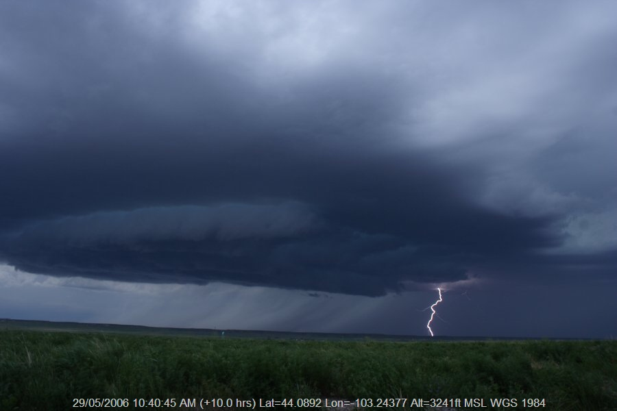 20060528jd04_shelf_cloud_near_rapid_city_south_dakota_usa