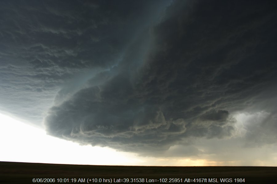 20060605jd33_shelf_cloud_sw_of_burlington_nsw