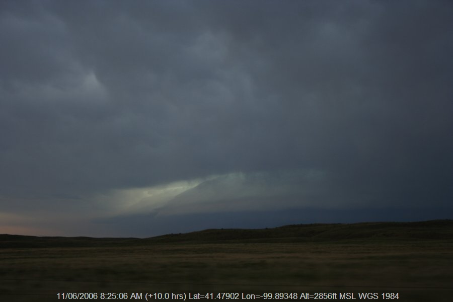 20060610jd77_shelf_cloud_se_of_authur_nebraska_usa