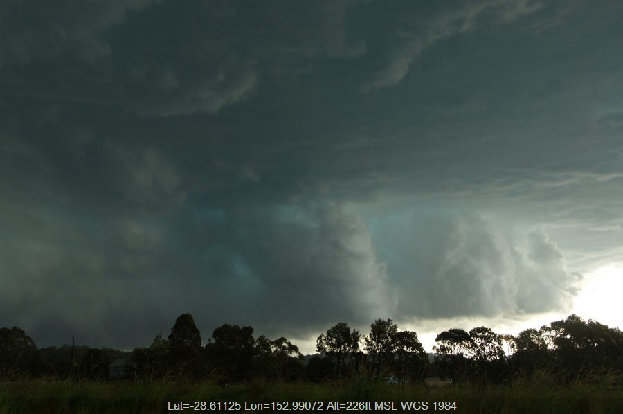 20081224mb17_shelf_cloud_kyogle_nsw