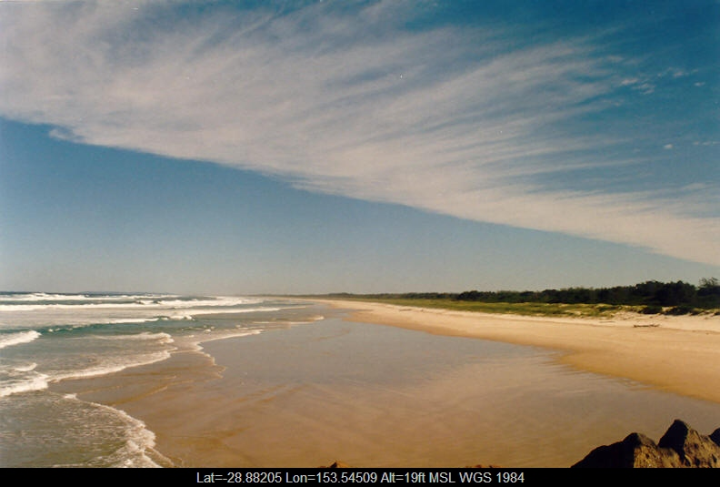 20040530mb01_cirrus_cloud_ballina_nsw