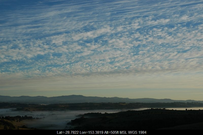 20060508mb01_cirrus_cloud_mcleans_ridges_nsw