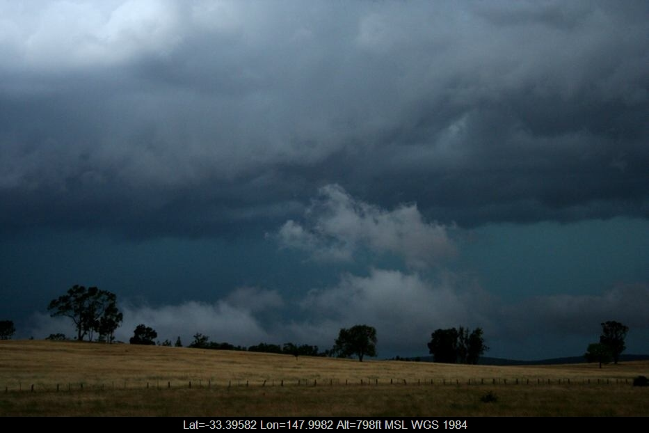20060115jd03_stratus_cloud_e_of_forbes_nsw