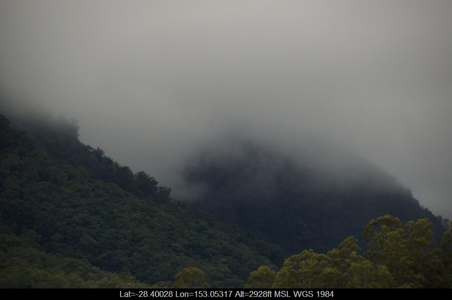 20090404mb06_stratus_cloud_border_ranges_nsw