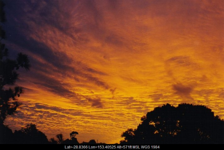 19990531mb03_altocumulus_cloud_wollongbar_nsw