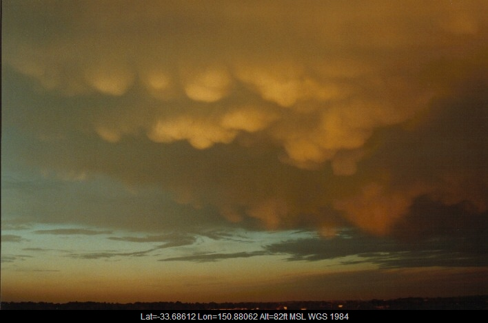 19990922jd10_altocumulus_cloud_schofields_nsw
