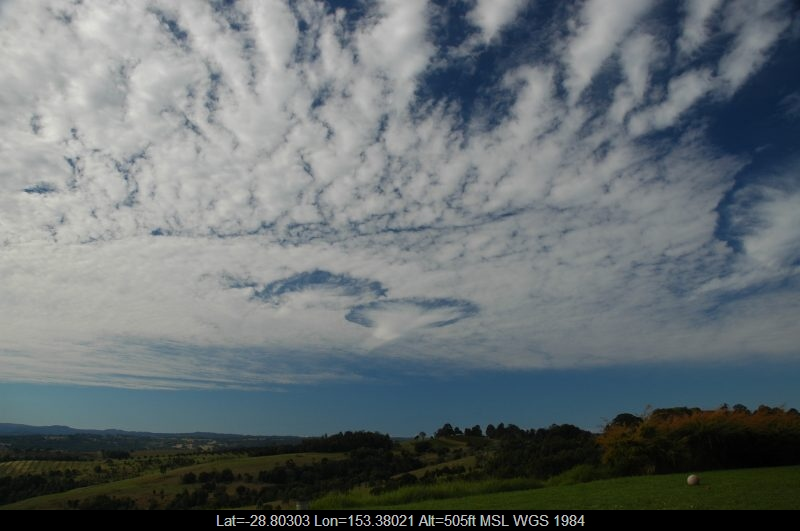 20060817mb04_altocumulus_cloud_mcleans_ridges_nsw
