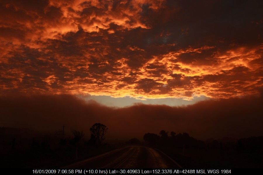 20090116jd46_altocumulus_cloud_ebor_nsw