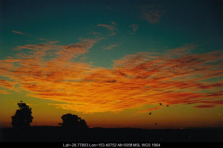 20000628mb02_mackerel_sky_mcleans_ridges_nsw