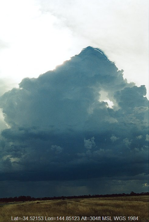 20031203jd01_cumulonimbus_calvus_e_of_hay_nsw