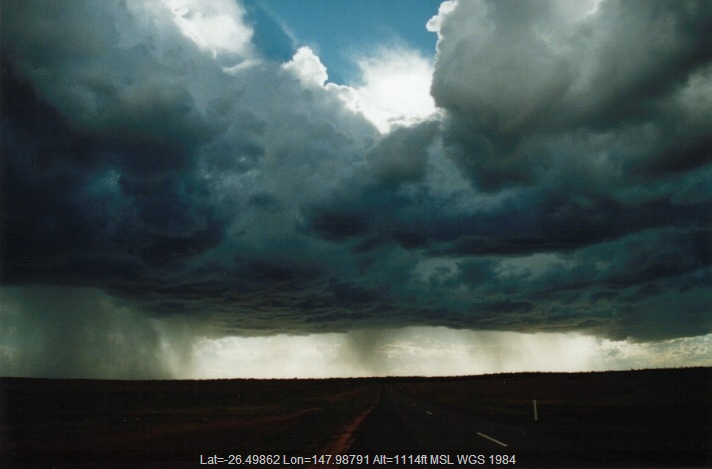19991121jd06_cumulonimbus_incus_w_of_mitchell_qld
