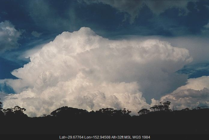 20001104jd25_cumulonimbus_incus_w_of_grafton_nsw