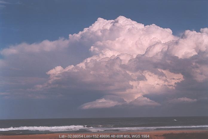 20011003jd36_cumulonimbus_incus_hallidays_point_nsw