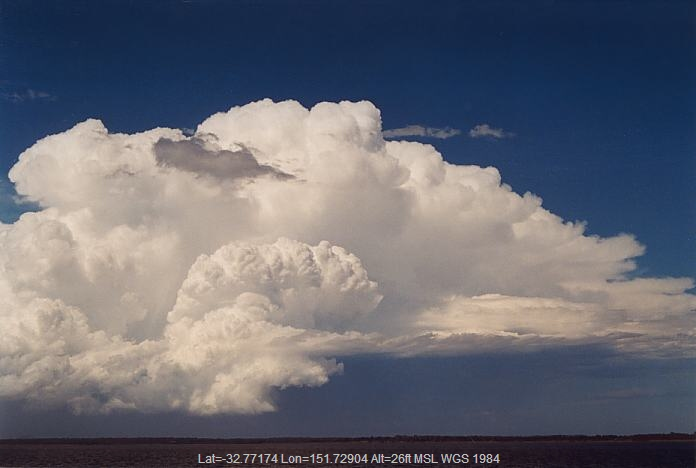 20020208jd13_cumulonimbus_incus_e_of_raymond_terrace_nsw