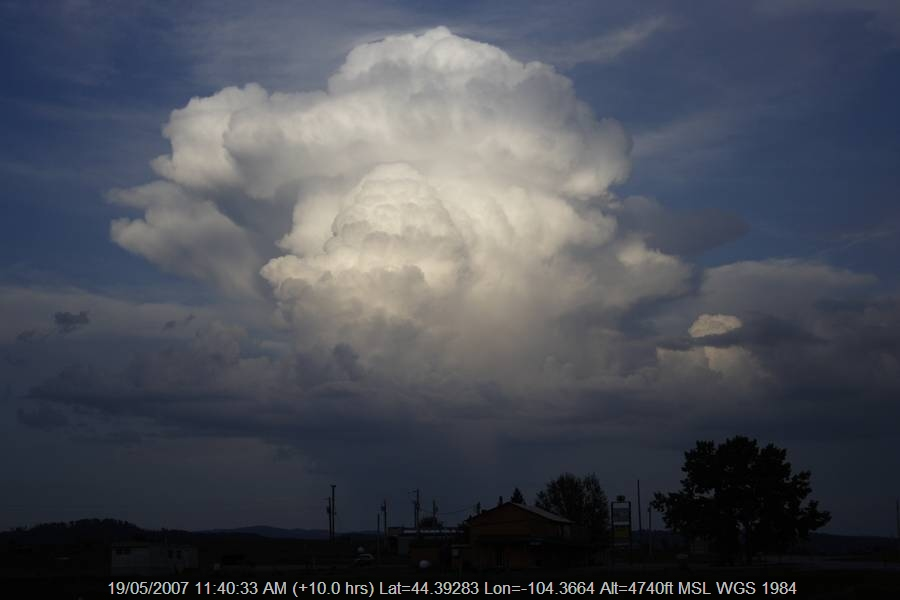20070518jd108_cumulonimbus_incus_near_sundance_wyoming_usa