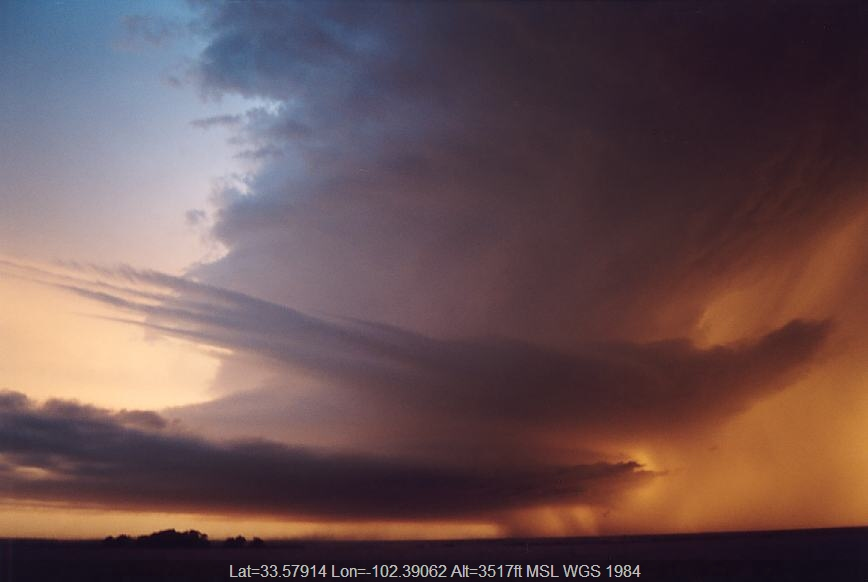 20030603jd20_thunderstorm_inflow_band_near_levelland_texas_usa