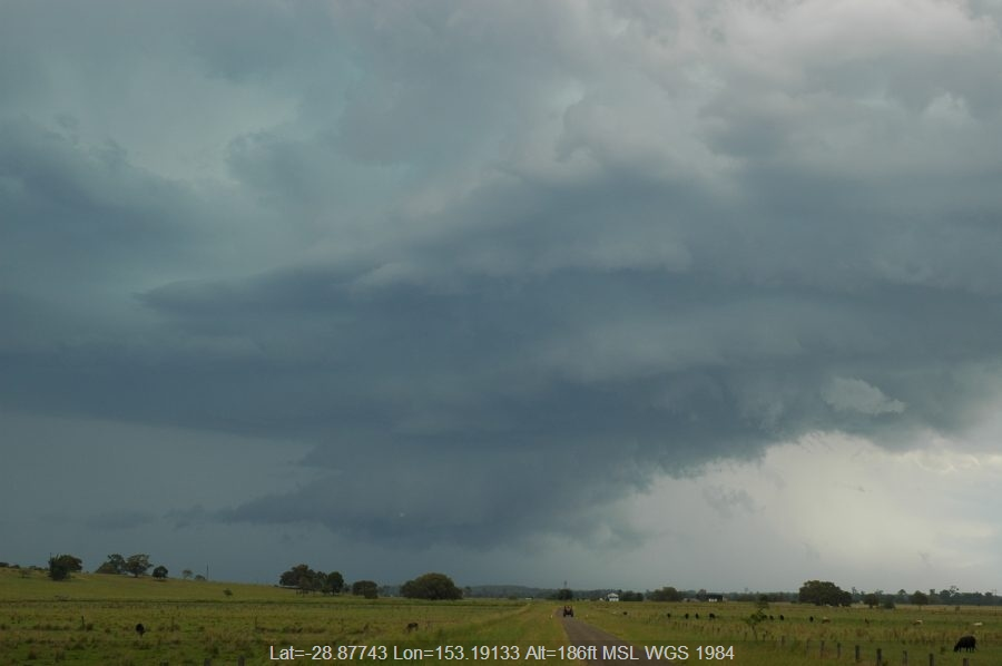 20061214mb38_thunderstorm_inflow_band_mckees_hill_nsw