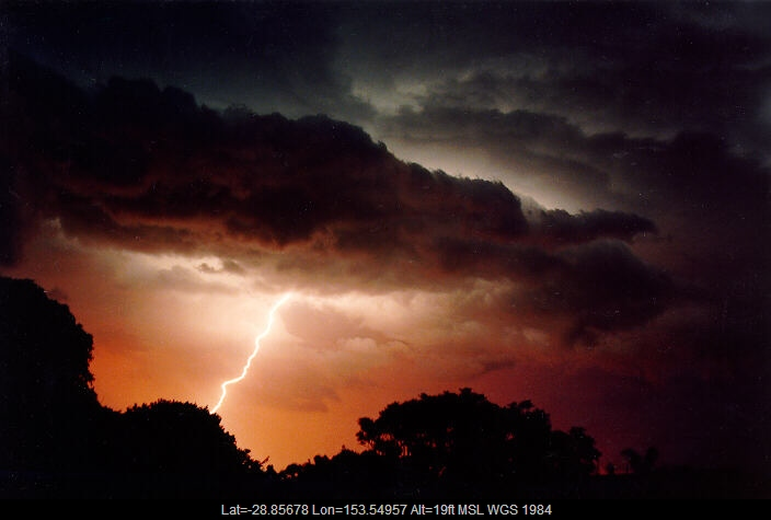 19901223mb10_lightning_bolts_ballina_nsw