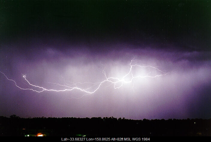 19970424mb08_lightning_bolts_schofields_nsw