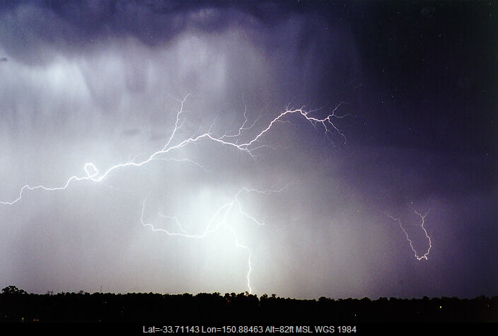 19970424mb10_lightning_bolts_schofields_nsw