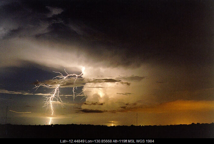 19971204mb10_lightning_bolts_darwin_nt