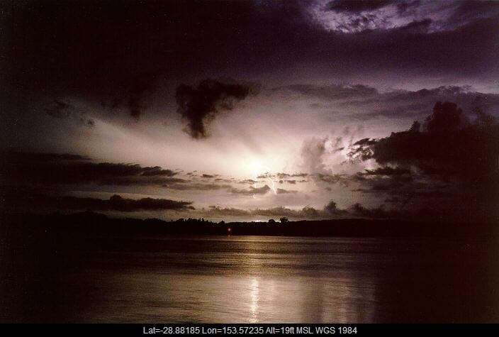 19971226mb18_lightning_bolts_ballina_nsw