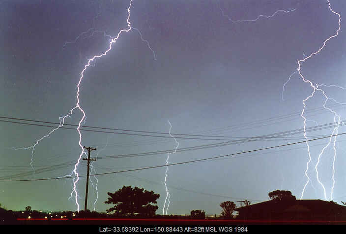 19980204mb27_lightning_bolts_schofields_nsw