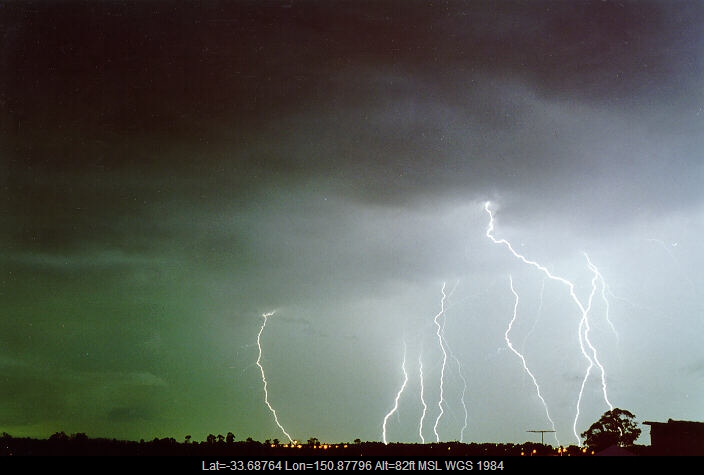 19980204mb32_lightning_bolts_schofields_nsw