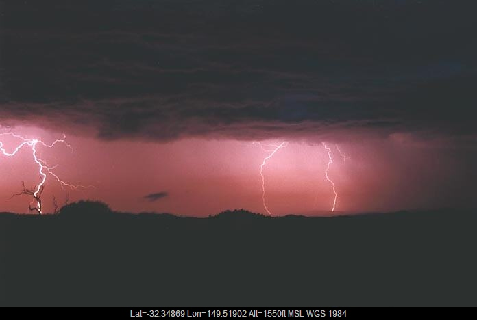 20010108jd01_lightning_bolts_gulgong_nsw