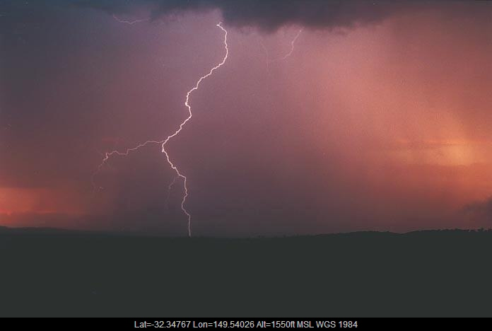 20010108jd19_lightning_bolts_gulgong_nsw