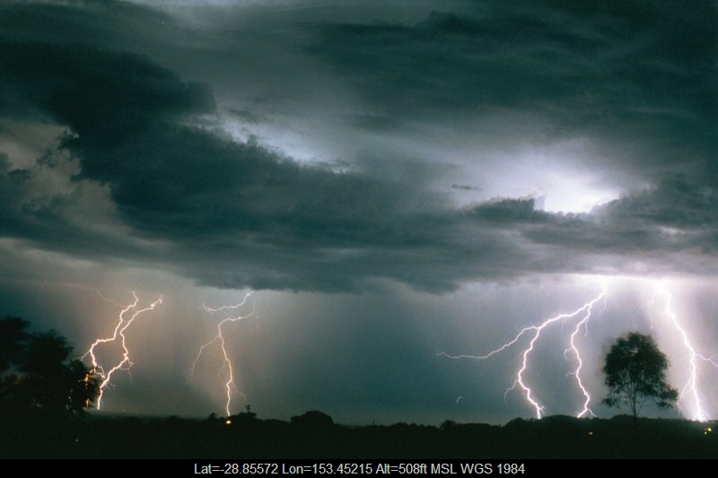 20030108mb51_lightning_bolts_alstonville_nsw