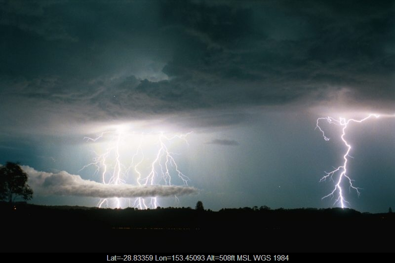 20030108mb76_lightning_bolts_alstonville_nsw