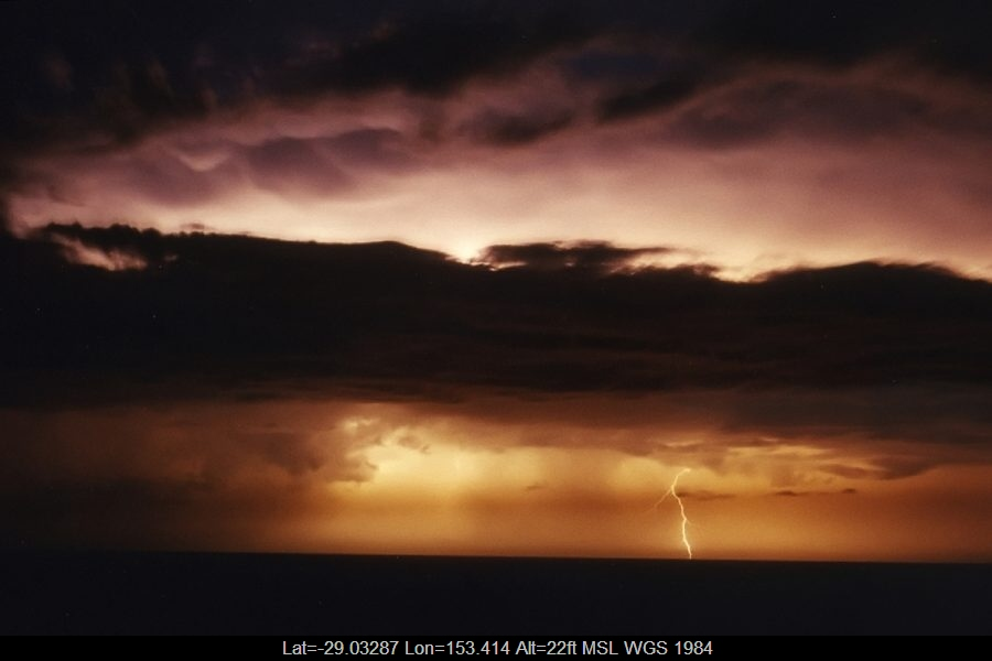 20030330mb35_lightning_bolts_broadwater_nsw
