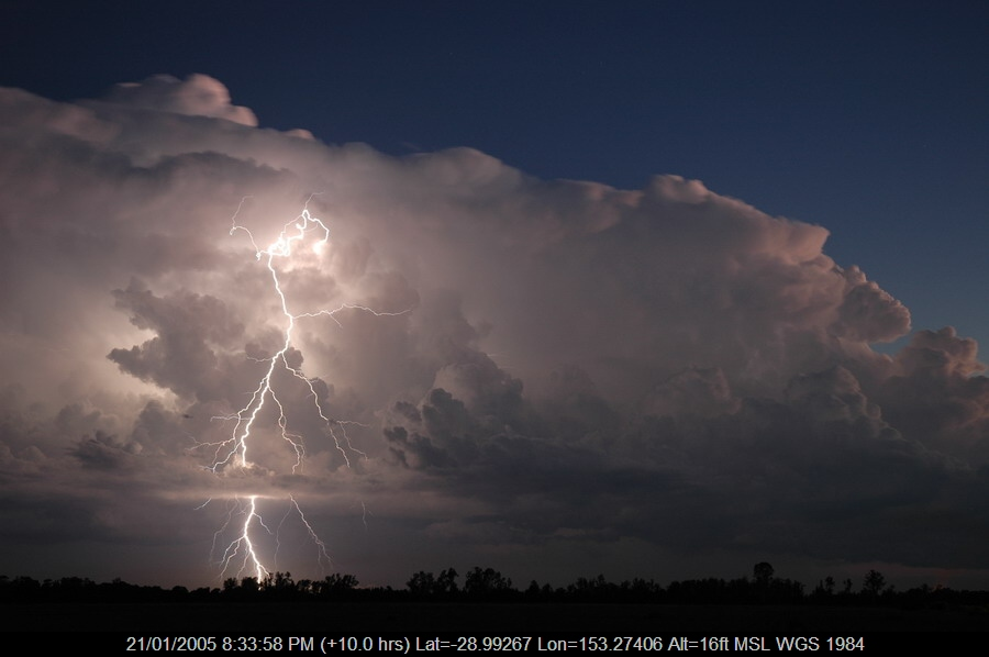 20050121mb72_lightning_bolts_coraki_nsw