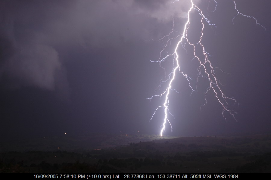 20050916mb05_lightning_bolts_mcleans_ridges_nsw