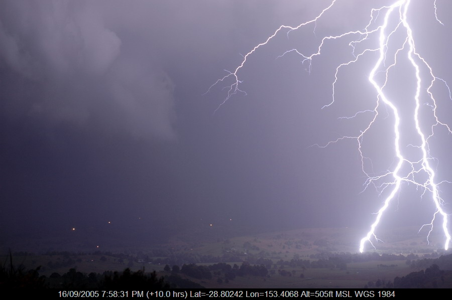 20050916mb06_lightning_bolts_mcleans_ridges_nsw